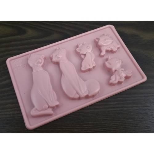 Plastikowa forma do czekoladek KOTY Disney
